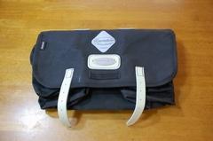 私のサドルバッグ:キャラダイス ネルソン