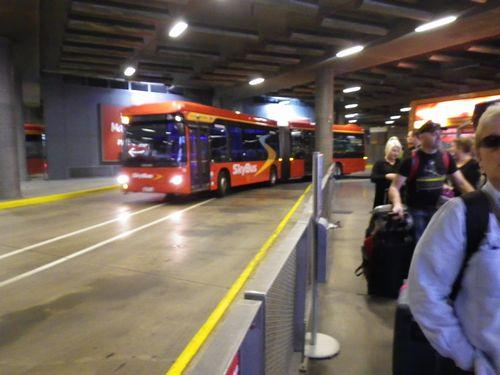 スカイバス メルボルン空港行き