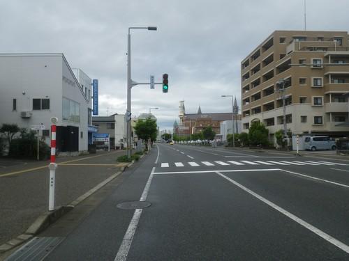 新潟市内を走る